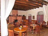 San G dining room 2.jpg