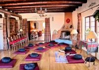 San G meditation hall 3.jpg